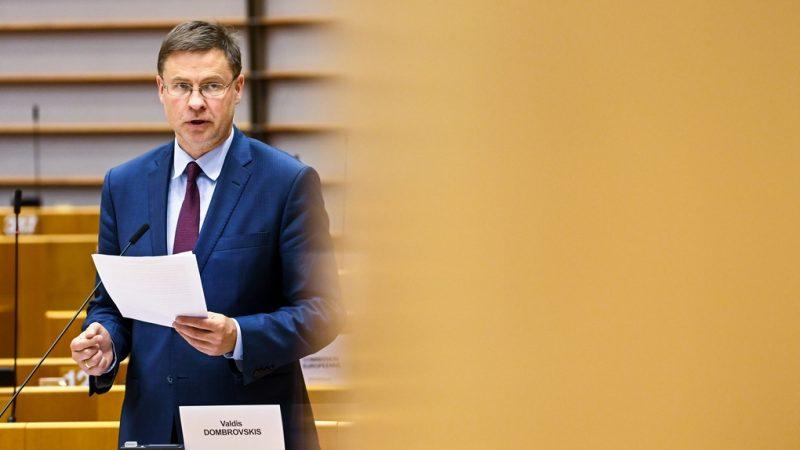Valdis Dombrovskis demande la suppression des droits de douane américains